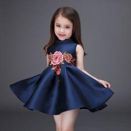 Wholesale Kids Frocks Wholesalers - 2017 Summer Kids Girl Princess Party Dress European Fashion Embroidered Rose Flower Children frocks Design Tutu Dress