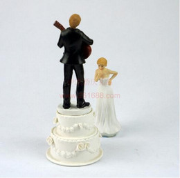 Wholesale Guitar Cakes - 50pcs lot, Bride and Groom Jump Guitar Dance Funny Wedding Cake Topper Personalized Cake Toppers in Event and Party Supplies