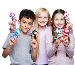 Wholesale Bella White - Fingerlings Interactive Baby Monkey toys 6 Color With Bonus Stand Sophie Bella Mia Zoe Finn Baby finger Monkeys Novelty Toy