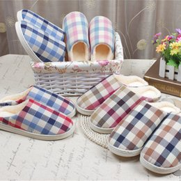 Wholesale Thick Soled Flip Flops - Wholesale-2016 New Unisex Plaid Winter Slippers Super Thick Cotton Indoor Floor Slippers Men Women Home House slippers Soft Sole Warm GG13