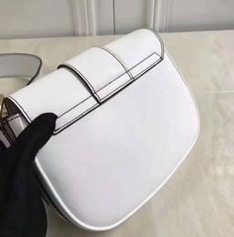 2017 nouveau sac de selle de D-clôture sac dame médecin larges bretelles croisées en cuir sac à main ? partir de fabricateur