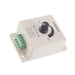 12-кратный диммерный переключатель онлайн-Диммеры 12V 8A Поворотный светодиодный диммер Переключатель яркости от 0% до 100% Один цвет Регулируемый для светодиодных фонарей Диммер