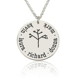 Wholesale Christmas Tree Dropshipping - Family Tree Name Necklace Family Name Round Pendant Necklaces Custom with up to 5 Names Best Gift for Family Dropshipping YP2741