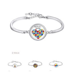 Wholesale Puzzle Piece Gifts - Fashion Adjustable Autism Mom Puzzle Pieces Awareness Ribbon Glass Cabochon Silver Finish Open Chain Bangles Bracelets For Women Jewelry