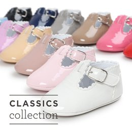 Wholesale Patent Leather Dress Boots - Boutique Baby girl boots First Walkers Patent leather Infants party Princess dress shoes cute strap Kids shoes Birthday 0-1year 2017 DHL
