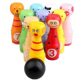 Настольные игры онлайн-Боулинг наборы 10 бутылок игры в мяч для детей фитнес новый милый животных моделирования деревянные игрушки крытый и открытый 27lx F