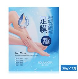 Wholesale Bamboo Foot Detox - ROLANJONA feet mask Milk and Bamboo Vinegar Feet Mask skin Peeling Exfoliating regimen for Feet care