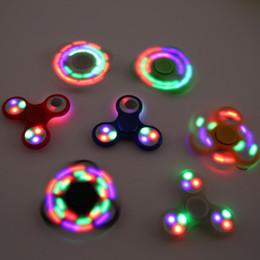 Canada LED Fidget Spinner Spinner à main série fluorescente EDC Jouets anti-stress sensoriel 6 couleurs disponibles Offre