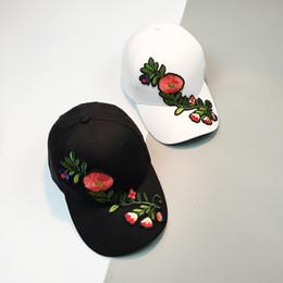Wholesale Hip Hop Caps China - Flower Baseball Cap Women Floral Snapback Hats For Female Hip Hop China Style Sun Visor Cap Sunhat Femmes 2017 New Summer