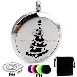 Wholesale Pine Silver - With Chain as gift! Round Silver Christmas Tree & Pine (30mm) Aromatherapy   Essential Oils Diffuser Locket Necklace