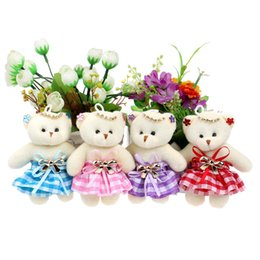 Wholesale Teddy Bears Dresses - New Design Flower Bouquets Material Teddy Bears Mixed 4 Color Chain Diamonds Bow Plush Toys With Dress Toy