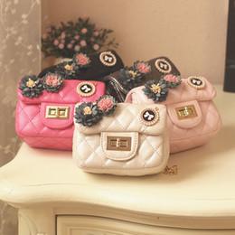 Корейские девушки Принцесса мини-сумки 3D цветок Betterfly дети дизайнер кошельки мода ромб металлическая цепь дети сумка C2350 от Поставщики цветок принцесса мешок