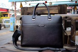 Wholesale Leather Satchel Briefcase Men - European style famous brand male bag designer handbags briefcase fashion shoulder bag imported real leather men handbag