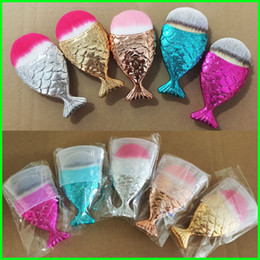 Wholesale Red Hair Brushes - New Mermaid Makeup Brush Powder Contour Fish Scales Mermaidsalon Foundation Brush Gold Rose Gold Silver Blue Rose red 5 Colors Free Shipping