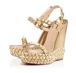 Wholesale Black Sandal Wedges - Fashion Brand Women Platform Wedges Sandals 2016 Rivet Studded Gold Sandals Women Shoes High Heels Platform Wedge Sandals