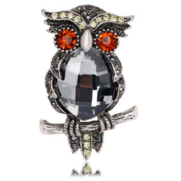Wholesale New China Sweaters - New high-grade retro owl brooch inlaid crystal fashion jewelry alloy sweater corsage bride wedding party gift