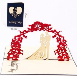 Cartão de dobramento novo on-line-Novo Design 3D Cartões De Convite De Casamento Manual Cartão Artesanal Decoração Saudação com Envelope Oco Doce Papel Vermelho Dobrado