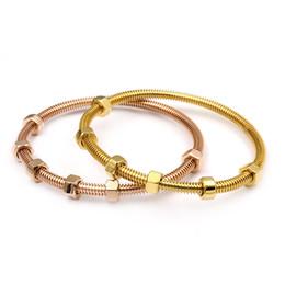 2019 weibliche goldschmuck Fashion2017 die neuesten 6 Schrauben Armband Titan Stahl Damen männlich und weiblich paar Faden Liebe braceletbanlge für Frauen Schmuck günstig weibliche goldschmuck