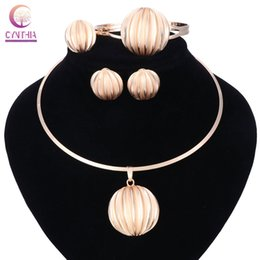 2019 moda jewerly chokers Especial New Fashion Torques Forma Shell Colares Pingentes Gargantilha Colar de Flores de Jóias Presentes para As Mulheres Jewerly conjuntos moda jewerly chokers barato