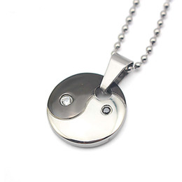 Wholesale tai chi pendants - 316l Stainless Steel Yin Yang Necklace Tai Chi Pendants Necklace Health Magnetic Black and White Round Disc Pendant Necklace