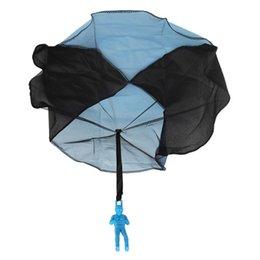 Fallschirmsportspielzeug online-Handwurf Kinder Mini Spiel Fallschirm Spielzeugsoldat Outdoor Sports Kinder Kinder Lernspielzeug Outdoor Spielzeug
