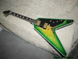 Chitarra verde della china online-Custom Shop Flying V Chitarra elettrica Green Flame Top China Chitarre all'ingrosso HOT
