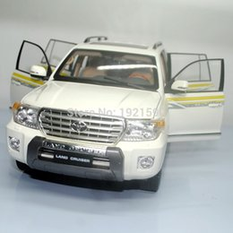 Wholesale Decoration Scales - Brand New 1 18 Scale Japan TOYOTA LAND CRUISER 200 Diecast Metal Car Model Toy For Collection Gift Kids Decoration