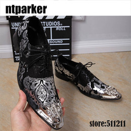 Wholesale Black Iron Rubber - Italian Style Lace-up Men's Genuine Leather Shoes Business Dress Shoes Black White with Personality Iron Pointed Toe
