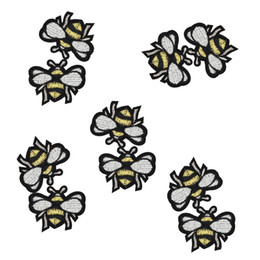 Wholesale Fashion Accessory Applique - 10PCS Bee patches for clothing iron fashion embroidery patch for clothes applique sewing accessories stickers badge on clothes iron on patch