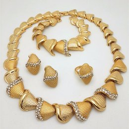 Wholesale Turquoise Costume Jewelry Sets - 2017 Handmade Dubai Gold Plated Jewelry Sets 18K Fashion Big Nigerian Wedding African Jewelry Sets Costume Dubai For Women