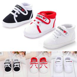 Wholesale Love Cute Baby Boy - Wholesale- Lowest Price New Cute Heart-shaped I Love Mum And Dad Lovely Baby Shoes Girl Soft Bottom Footwear Newborn Baby Shoes