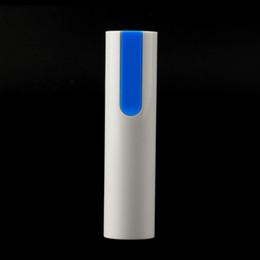 Großhandels-Universal Portable 18650 Batterie USB-Ladegerät-Kasten-Kasten-bewegliche Energie-Bank-Förderung von Fabrikanten