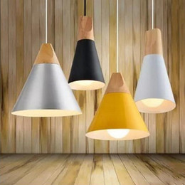 Wholesale Hotel Bedside Lamps - Wholesale Wooden Nordic Restaurant Chandelier Bar Table Lamps Bedside Cafe Creative Personality Simple Single Head Pendant Lights