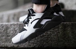 Wholesale Hot Men Stockings - Hot sale in stock Trainers air Huarache 2016 Men's Sports Running Shoes - Black Triple US Size 7--12 Euro 40--46 by Free Shipping