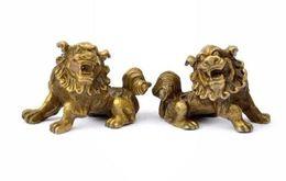 Chanceux Chinois Fengshui Pur Laiton Estátua de Leão de Gardien Foo Fu Chien Paire libèrent le bateau en métal artisanat supplier metal lion statue de Fornecedores de estátua de leão de metal