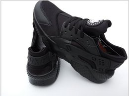Wholesale Cheap Shoes For Weddings - 2017 Huaraches Triple Jogging Shoes For Men Lightweight Breathable White And Black Cheap Great Casual Shoes 36-44