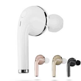 Bluetooth v1 online-Großhandel V1 Mini Bluetooth Kopfhörer CSR4.1 Drahtlose Musik-Freisprecheinrichtung Car Driver Headset Telefon Stealth-Ohrhörer mit Mikrofon Mic Retail-Box