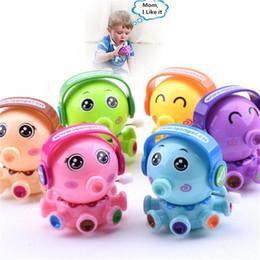IQAngel Nova Wind-up Brinquedos Food Grade Projeto Octopus Plástico Correndo Clockwork Primavera Reborn Brinquedo Do Bebê Brinquedos Engraçados de