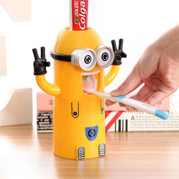 Wholesale Toothpaste Dispensers - 2017 Cute Bathroom Accessories Minions Automatic Toothpaste Dispenser Bathroom Accessories Kids Plastic Bathroom Set Toothbrush Holder 1pcs
