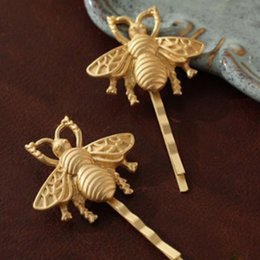 Wholesale Gold Hair Tone - Wholesale- 1 Pc New Women Girls Hot Fashion Gold Tone Bee Hairpin Side Clip Hair Clip Hairpin New