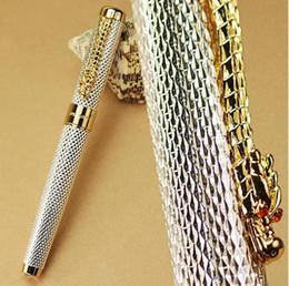 Jinhao dragão dourado on-line-JINHAO 1200 Noblest prata com bonito ouro Dragão clipe caneta-tinteiro para a coleção de artigos de papelaria material escolar escritório caneta de tinta de metal para o presente