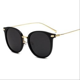 Wholesale Colored Glasses For Men - Polarized Sunglasses for women student NEW 2017 vintage sun glasses dress Party Casual PC clear travel Unisex colored Cartoon Anti-UV