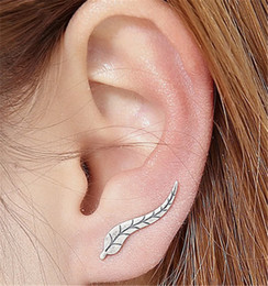 Wholesale 24k Gold Stud Earrings - 2017 Vintage Jewelry Sterling Silver 24K Plated Exquisite Gold Color Leaf Earrings Modern Beautiful Feather Stud Earrings for Women