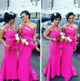 Wholesale Satin Slim Bridesmaid Dresses - Sexy Beaded One Shoulder Mermaid Bridesmaids Dress Fuchsia Slim 2017 New Bridesmaid Wear Prom Gowns Maid Of Honor