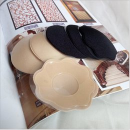 Wholesale Black Nipple Covers - 30Pcs Adhesive Bra Covers Nipples Invisible Silicone Bra Breast Petals Sexy Nipple Pasties Covers Adhesive Reusable Breast Pads