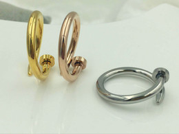 Wholesale star couple rings - Fashion star with a nail factory wholesale diamond ring couple ring opening