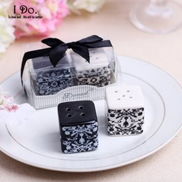 Wholesale Damask Party Supplies - Wholesale- Free Shipping Damask Salt & Pepper Shaker Wedding Favors And Gifts For Guests Souvenirs Decoration Event & Party Supplies