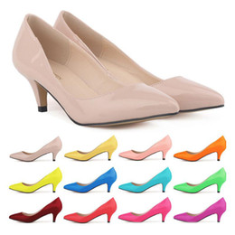 Wholesale Women Sexy Kitten Low Pumps - 2017 Sapatos Feminino Fashion Womens Sexy Low Mid Kitten Heels Shoes Pu Patent Leather Pointed Pumps