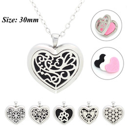 Wholesale Stainless Steel Heart Shaped Necklace - New Arrival! 30mm Essential Oil Diffuser heart shape Perfume Locket Pendant Necklace Stainless Steel floating locket