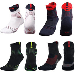 Wholesale Running Compression Socks - Newest USA Professional Basketball Elite Socks Anti Slip Anti-chafe Soccer Football Running Sports Socks Compression Thermal Terry Stockings